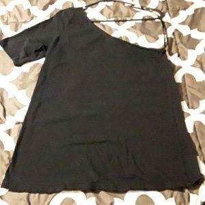 One shoulder black shirt